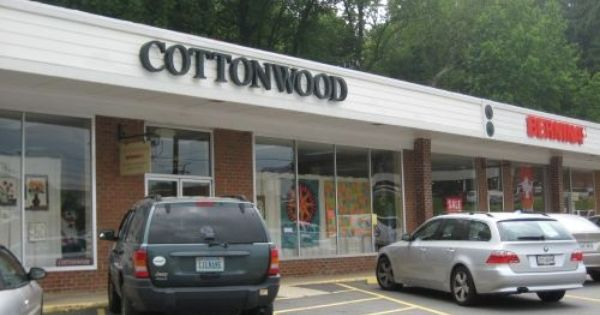 Cottonwood Quilt Shop In Charlottesville Va Is A Great Place To