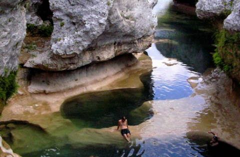 The Narrows, Austin, TX, in the Texas Hill Country on the Hays/Blanco County line, a coral reef once thrived in land covered by an ocean that is now dry & frozen in time. On the upper south side of Lake Travis near the community of Spicewood. From Austin ...