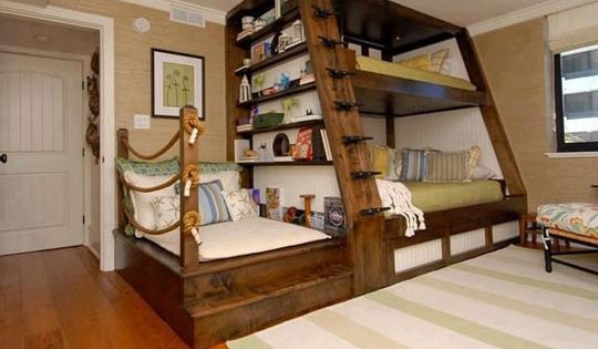 Cool bunk bed design. Maybe for a guest room