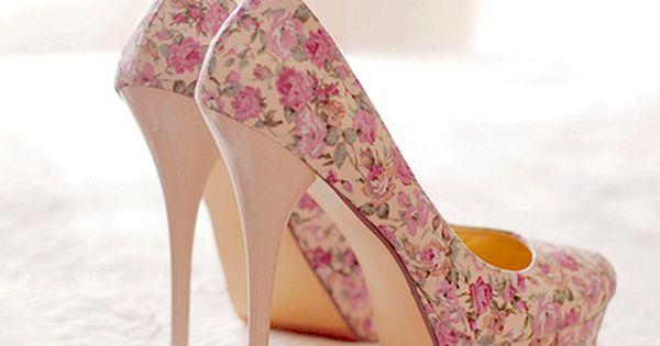 Floral printed platform high heels floral heels www.loveitsomuch.com