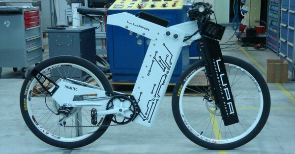 this is the lupa1 prototype electric bike 50 mph 80 km h. Black Bedroom Furniture Sets. Home Design Ideas