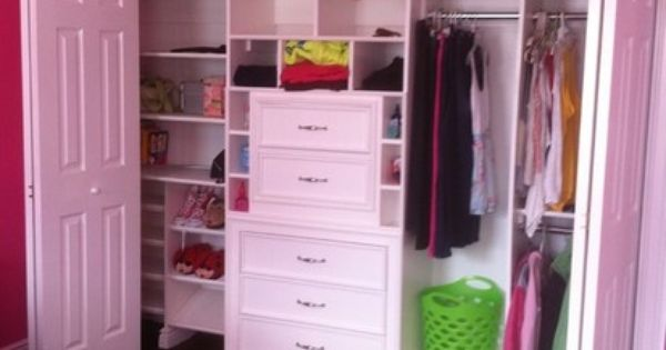 Walk in closet traditional closet need to do this for for Closets modernos para jovenes