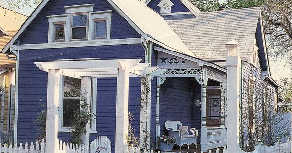 I love dark blue houses with white trim. Especially cute little cottages.
