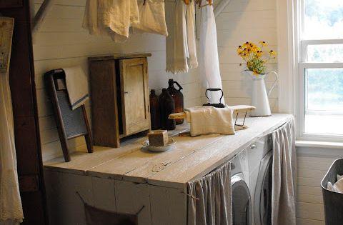 Rustic Farmhouse - I really love the idea of having a folding