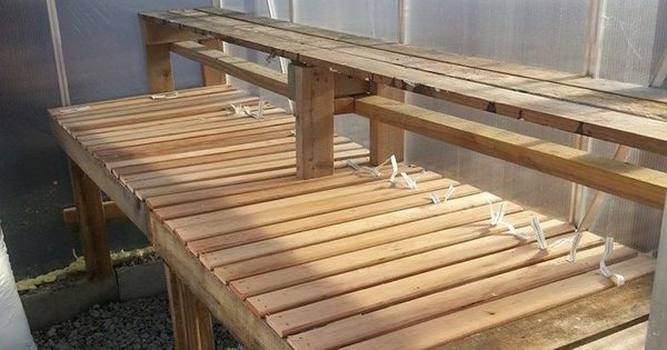 my diy greenhouse shelf made from pallets and bunky boards craft your homecraft your. Black Bedroom Furniture Sets. Home Design Ideas