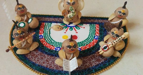 Eco friendly dolls hindustani pinterest dolls and for Aarti thali decoration with grains