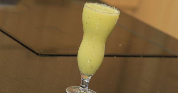 Cbc Sofra طريقة تحضير عصير تفاح بالبطاطا شريف الحطيبي Recipe Glassware Milkshake Hurricane Glass