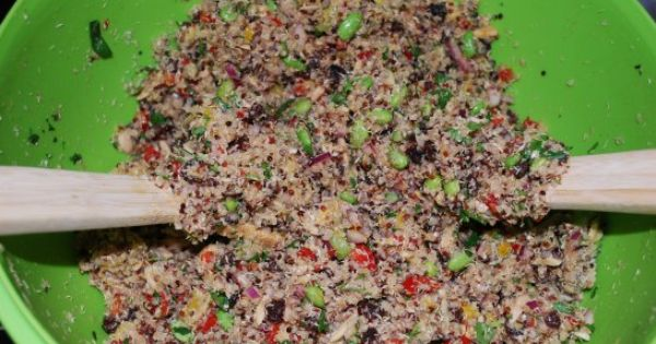California Quinoa Salad (copycat Whole Foods recipe)
