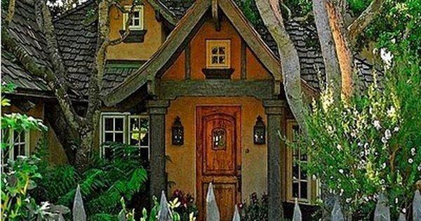 Storybook cottage random pinterest casa de bruxa for Piani di casa cottage storybook