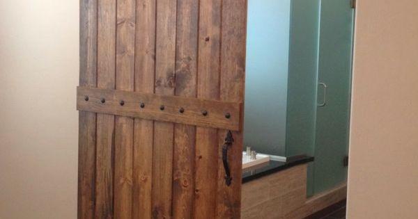 Puertas correderas de madera para cuarto de ba o ba os for Puertas de madera para cuartos