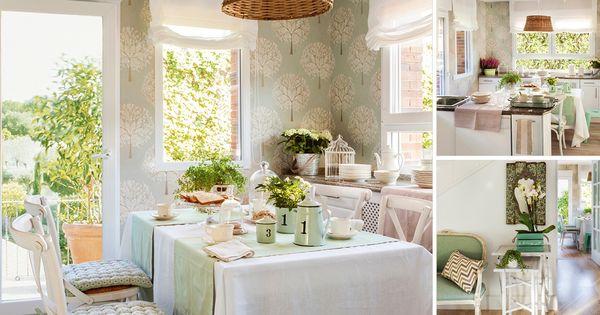 En la cocina se ha instalado un comedor de diario papel for Papel pintado periodico