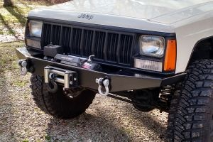 Diy Xj Winch Bumper Jeep Cherokee 84 01 With Images Jeep