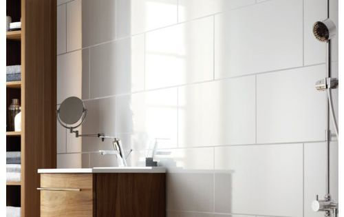 Wickes White Gloss Ceramic Wall Tile 600 X 300mm Ceramic Wall Tiles Tile Flooring And Wall Tiles