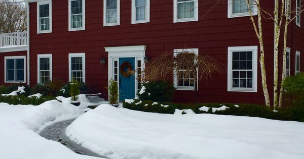 Benjamin Moore Cottage Red And Hamilton Blue Paint