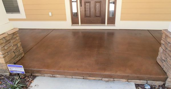 Exterior stained concrete. What a great idea for an ugly concrete patio