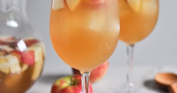 Apple cider sangria, Soda cup and Sangria on Pinterest