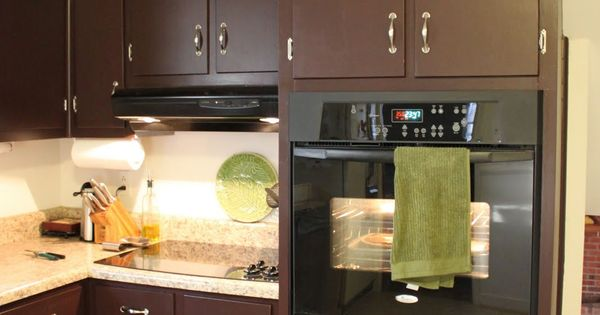 pictures of kitchen cabinets brown painted kitchen cabinets amp silver hardware looks 4207