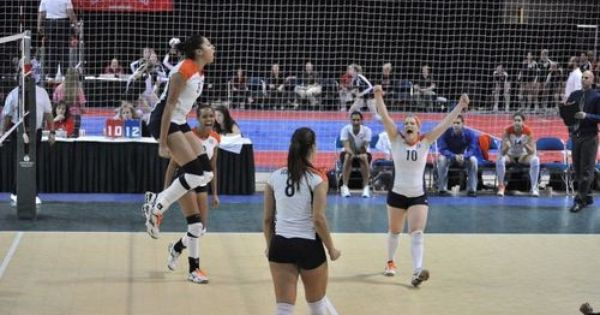 Get A Scholarship To Play Volleyball 3 Play Volleyball Volleyball Scholarships