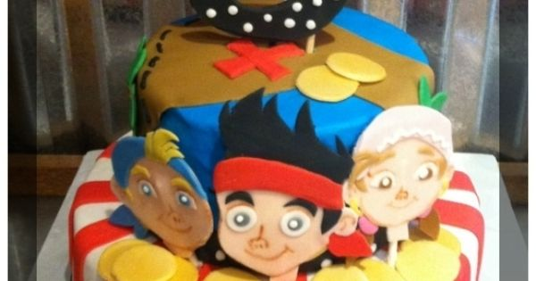 Pirate Birthday Party Cake   Pirate Birthday Party Ideas / Jake and