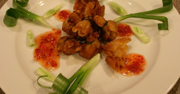 Food Presentation Ideas | Garnishing an apetizer with ...