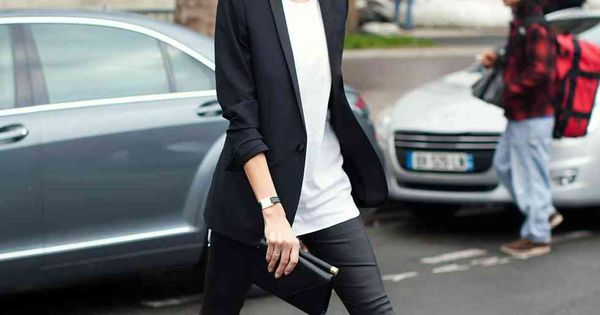Wide Brim Hat Styling: OUTFIT LOVE, black wide brimmed fedora, white shirt,