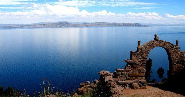 Lago Titicaca, Perú