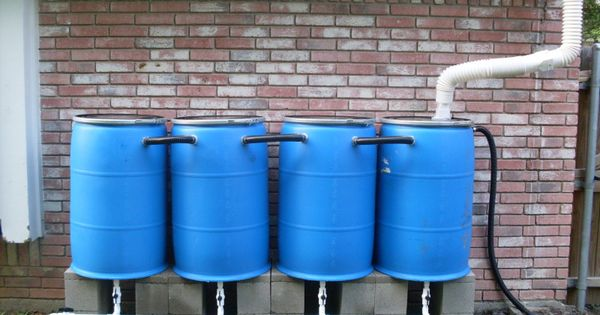 r cup rateur eau de pluie avec fut de 200 litres r cup rateur d 39 eau pinterest jardins. Black Bedroom Furniture Sets. Home Design Ideas