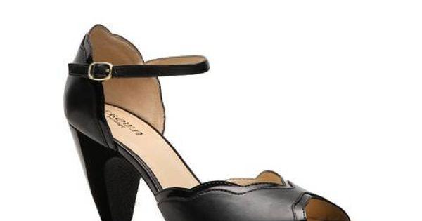 Crown Vintage Claire Pump Dsw In Black 44 95 Shoes Vintage Shoes Women Shoes