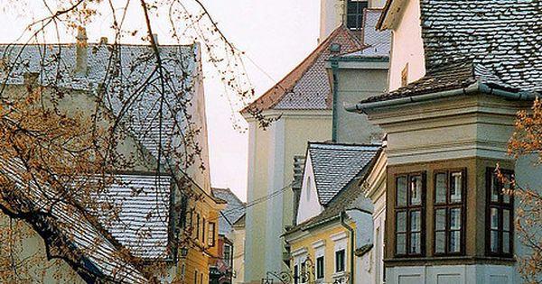 Szentendre, Hungary hermosa, bella y atractiva calle de Hungria.