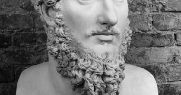 Durante la grecia mic nica y en la poca arcaica los for Epoca clasica