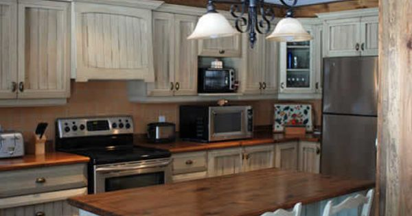 Relooker des armoires de cuisine recherche google chalets pinterest a - Relooker armoire cuisine ...
