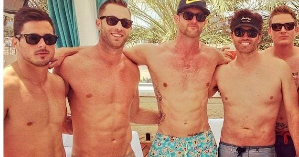 Dreamy College Football Coach Kliff Kingsbury Has Killer ...