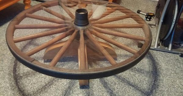 Wagon Wheel Display Table Coffee Table Antique Wagon