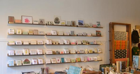 An SF Book Shop Inspired by Esprit  디스플레이, 사무실 및 북