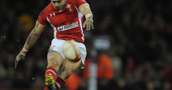 Rugby Saracens Vs Gloucester Live Here Https Www Facebook Com Notes Watch Rugby Live Watch Rugby Saracens Vs Gloucester Match Watch Rugby Rugby Running
