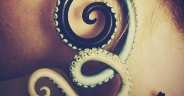 Tentacular! Octopus's arm spiral earring