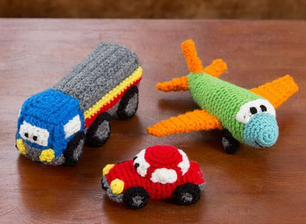 happy little car plane truck free pattern crochet pinterest planes cars and crochet. Black Bedroom Furniture Sets. Home Design Ideas