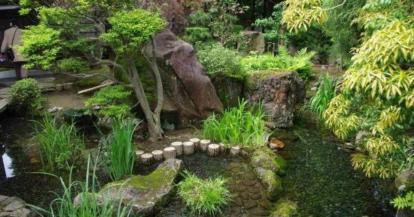 comment cr er son propre jardin japonais en 23 photos. Black Bedroom Furniture Sets. Home Design Ideas