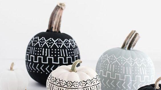 Top 18 Elegant & Unique Halloween Pumpkin Decor – Easy Holiday ...