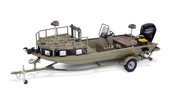 Tracker Grizzly All Welded 1860 CC Bow Fishing Sportsman