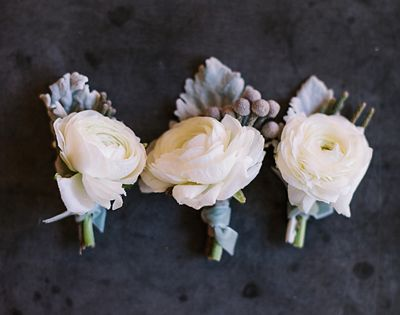 white   silver boutonnieres | Haley Sheffield #wedding