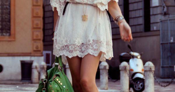 Beautiful Lace Kimono Sleeve Boho Dress. Summer Fashion. Summer Outfit. Bohemian Style.
