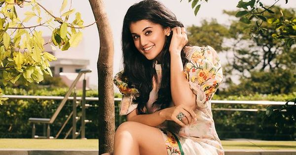 Taapsee Pannu  IMAGES, GIF, ANIMATED GIF, WALLPAPER, STICKER FOR WHATSAPP & FACEBOOK