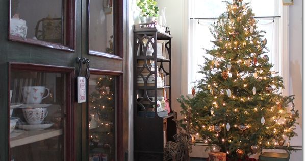 Cottage Christmas Christmas Home And Home Tours On Pinterest