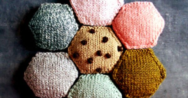Beekeeper S Quilt Knitting Patterns : The beekeeper s quilt pattern by tiny owl knits nice ice