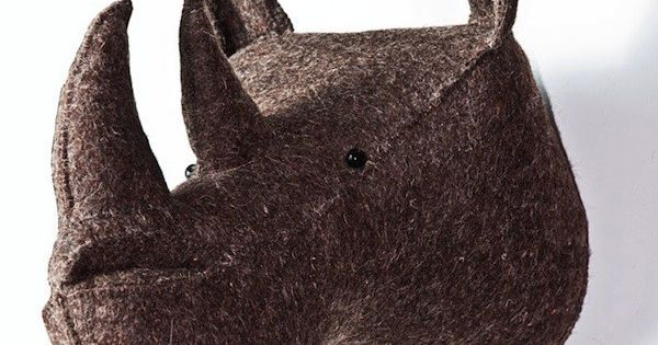trophee peluche rhinoceros trophee animaux deco room for more pinterest taxidermy. Black Bedroom Furniture Sets. Home Design Ideas