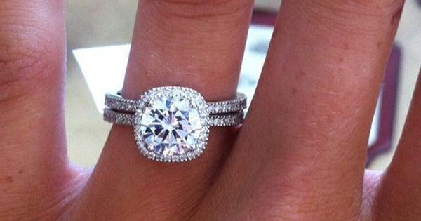 My dream wedding ring. ah it is gorgeous. love love loveeeeeeeeeeeeee.