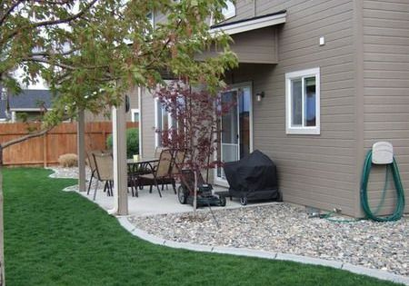 Landscaping Around Home Foundation : Landscape around house foundation common uses from river rock