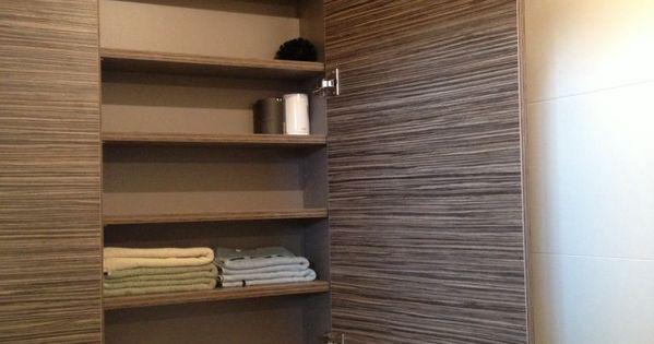 Kast boven inbouwtoilet functioneel met verstelbare leggers huis pinterest kast - Ruimte aubade ...