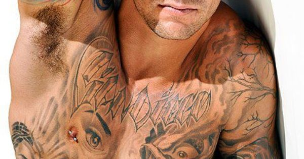 Sexy guy + tattoos = yumminess - nipple piercings
